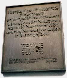 Bild zeigt die Gedenktafel über die Synagoge in der Kolpingstraße, Bremen
