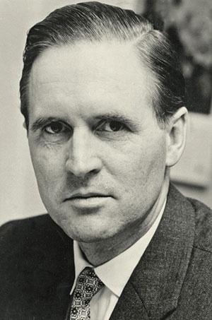 Das Bild zeigt den ehemaligen Bundespräsident Karl Carstens Richter am Sondergericht