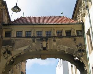 Das Bild zeigt die Seufzerbrücke