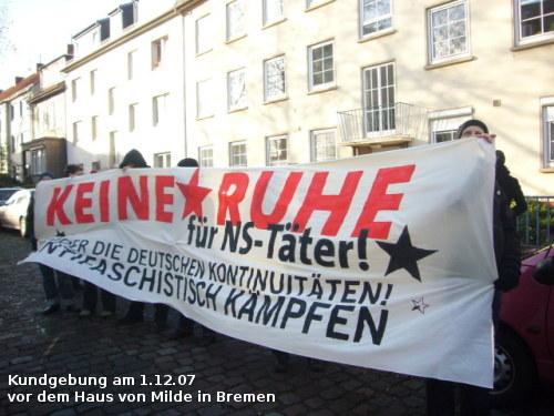 Dieses Bild zeigt eine Demonstration gegen Max Milde, 01.12.2007 Bremen
