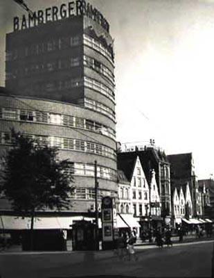 Das Bild zeigt das Bamberger Haus um 1930