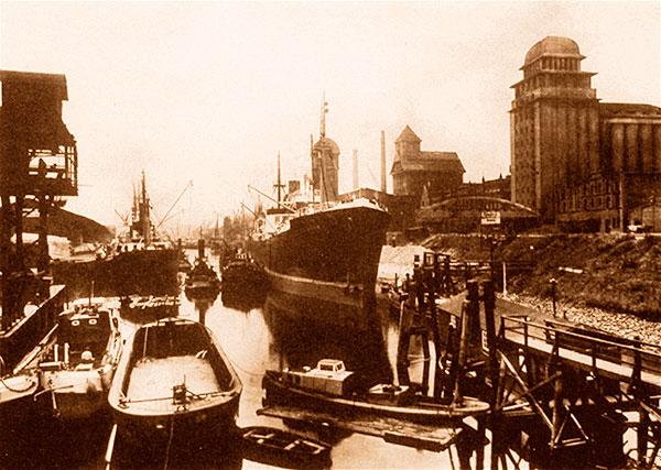Das Bild zeigt die Rolandmühle damals