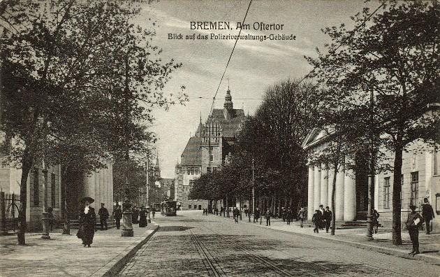 Das Bild zeigt eine Postkarte aus den 1920er Jahren, welche die Ostertorwache zeigt