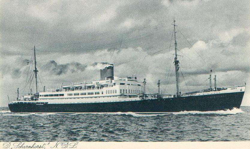 Bild zeigt eine Postkarte des Schiffs Scharnhorst II
